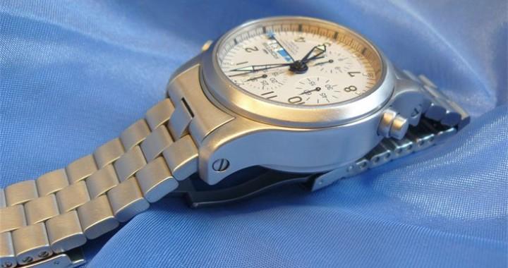 Fortis B42 Chronograph Automatic Alarm Sandblasten