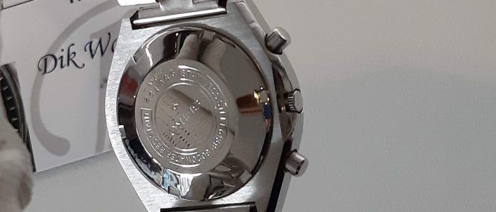 Seiko 6139-8020 achterkant kast, deksel en band gepolijst